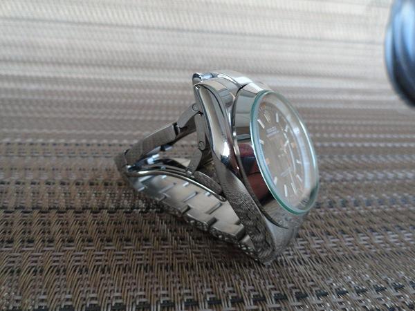 Rolex Milgauss Tout Montre en acier inoxydable Vue latérale