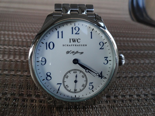 IWC re[plique montre