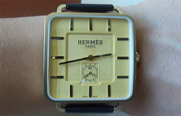 hermes carr h replique montre replique montres de luxe montre rolex suisse pas cher. Black Bedroom Furniture Sets. Home Design Ideas