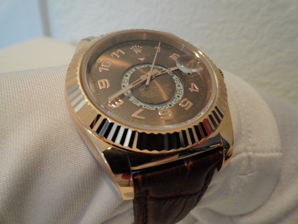 or rose Sky Dweller replique