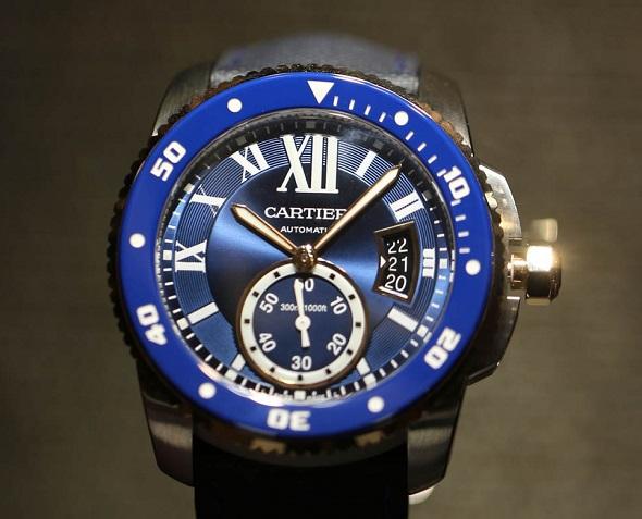 Cartier Réplique Montre En Bleu Semble Génial